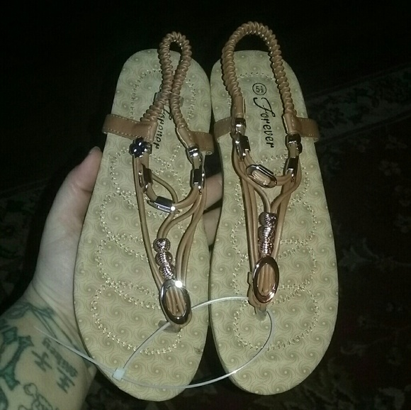 Forever Shoes - BRAND NEW FOREVER FLAT SANDALS SIZE 5.5